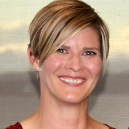 Dr Tracy Tucker